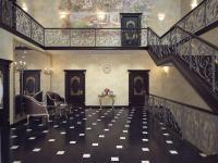 Холл первого этажа